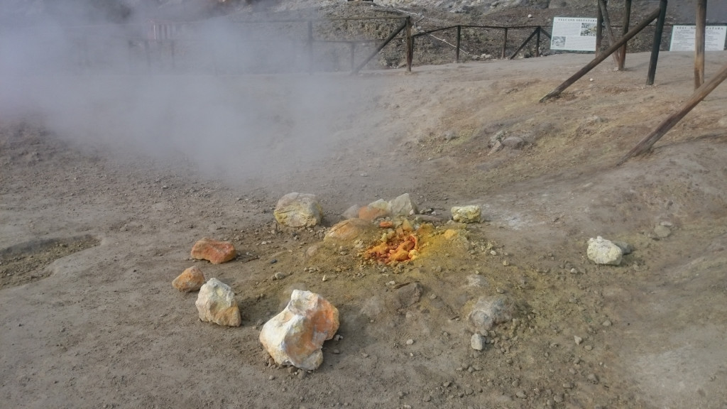 Phlegräische Felder in Italien Solfatara Fumarolen
