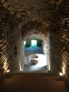 """<img src=""""/amphitheater-in-albanien.jpg"""" alt=""""Das Amphitheater in Durres"""">"""