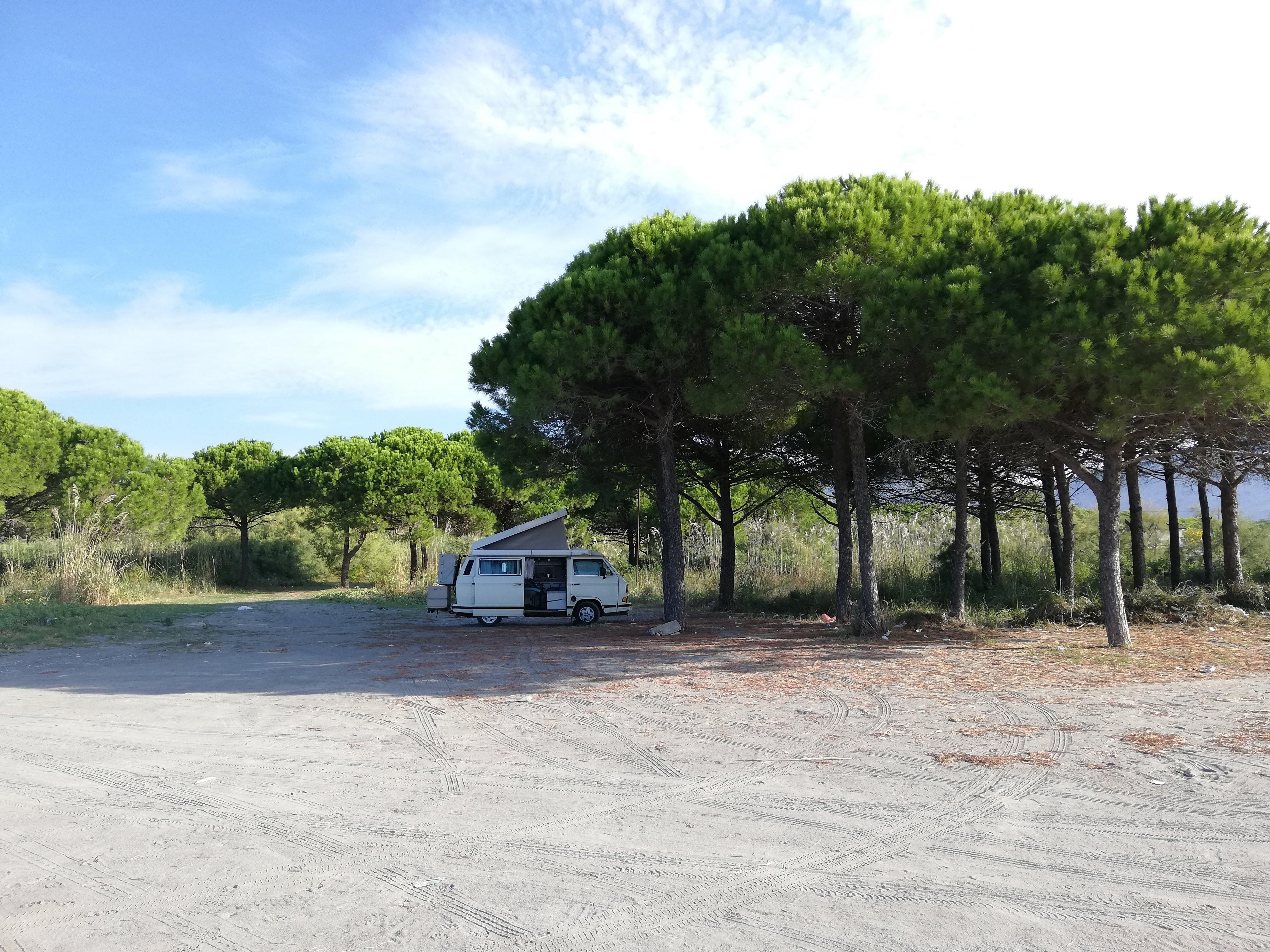 Wildcampen am Strand in Albanien