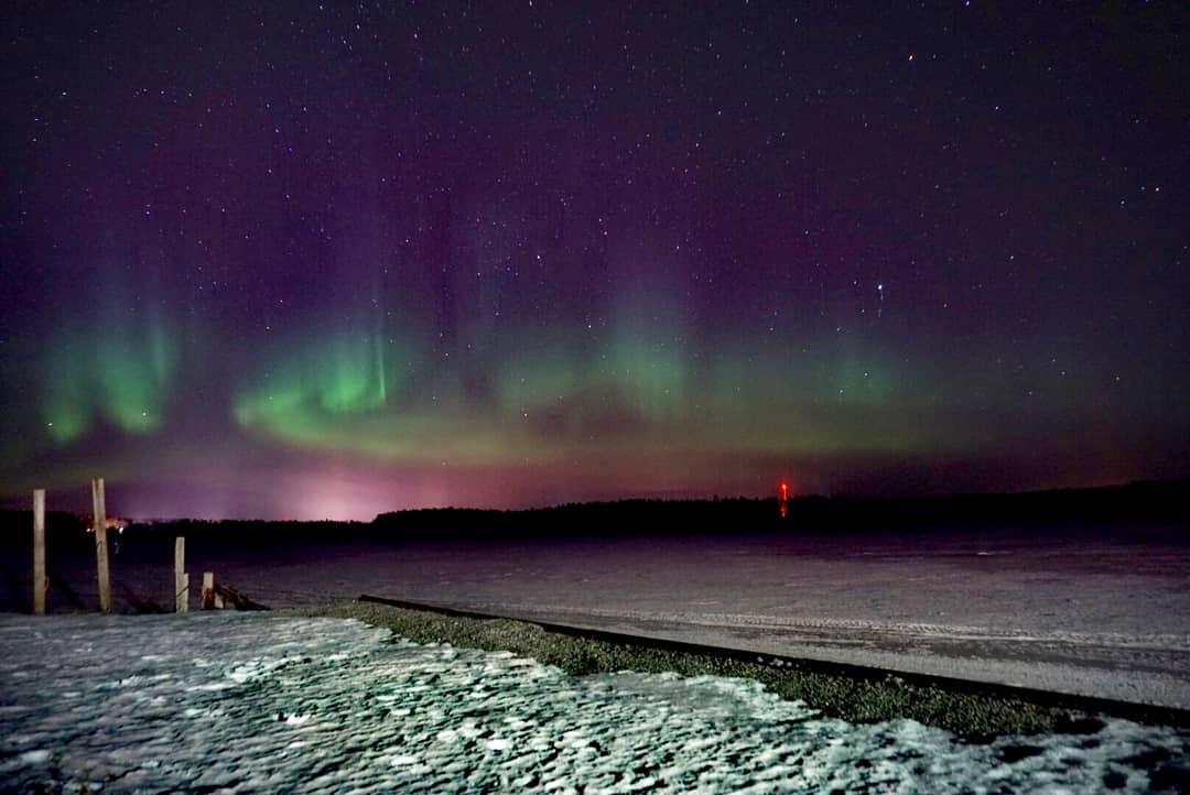Polarlichter Aurora Borealis in Schweden an der Ostsee