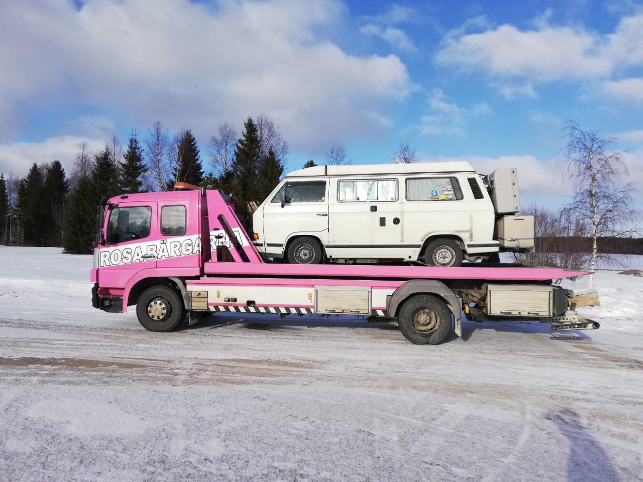 Abschleppdienst in Schweden mit VW T3