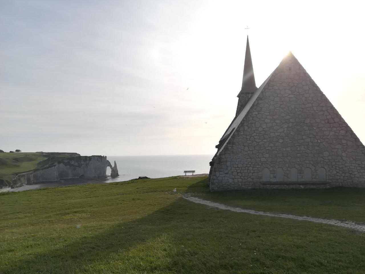 Kapelle in Étretat