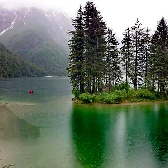 Lago die Predil bei Regen