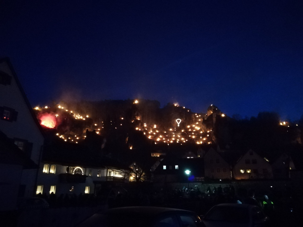 Bergfeuer am Lichterfest in Pottenstein