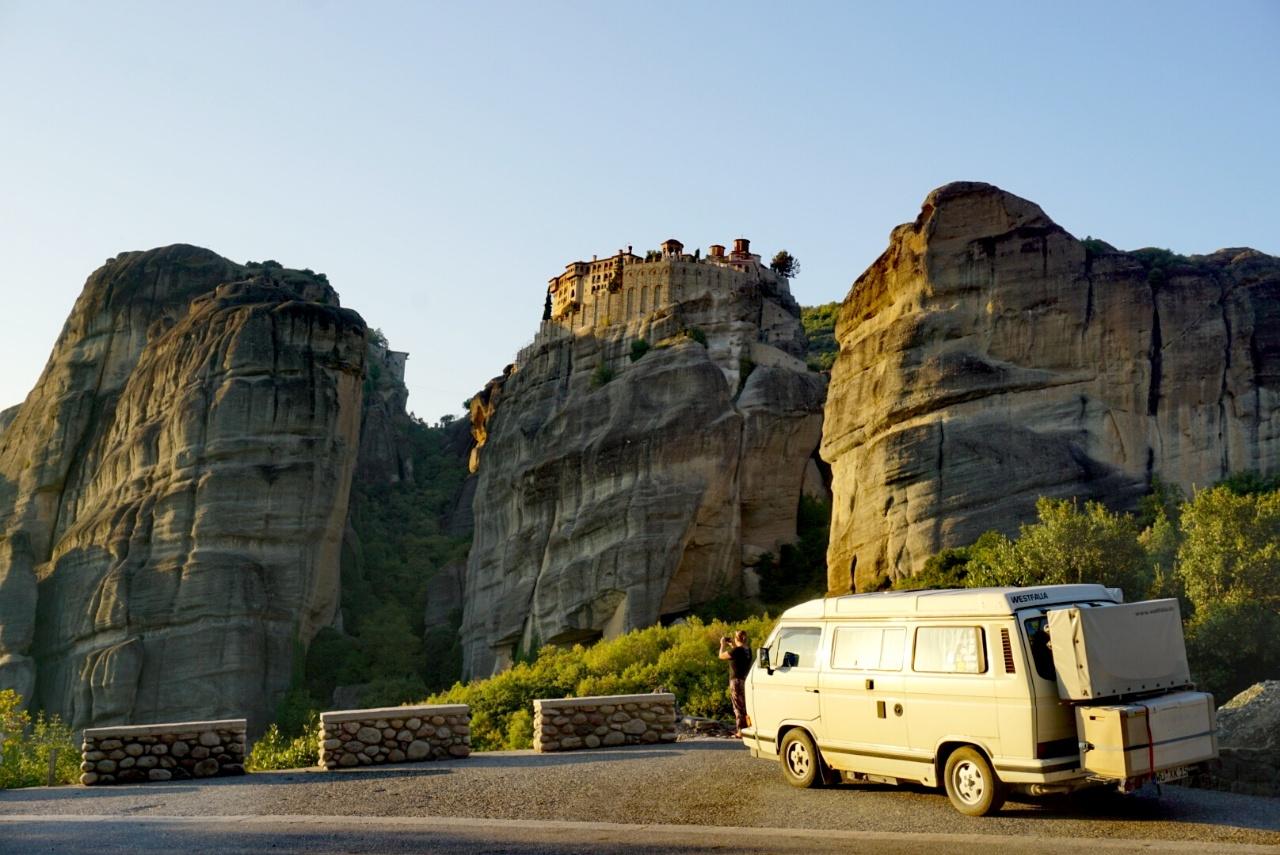 Die Magie von Meteora – Mit dem VW Bulli durch Griechenland