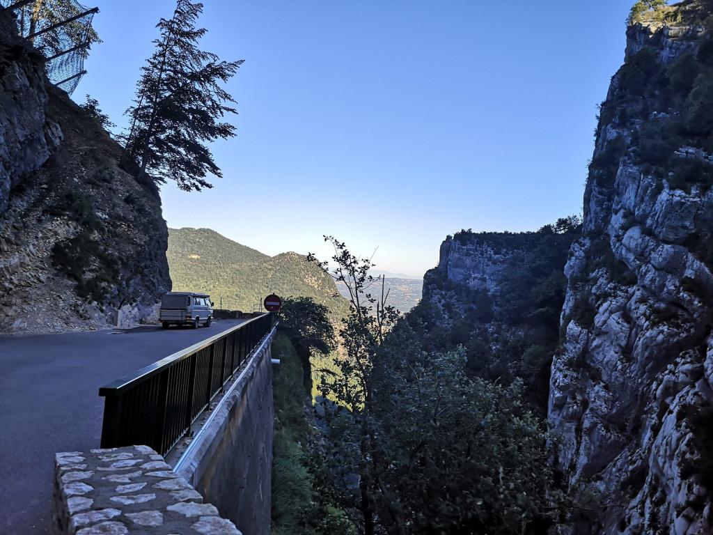 Ecouges Grandes Alpes France Route des Ecouges