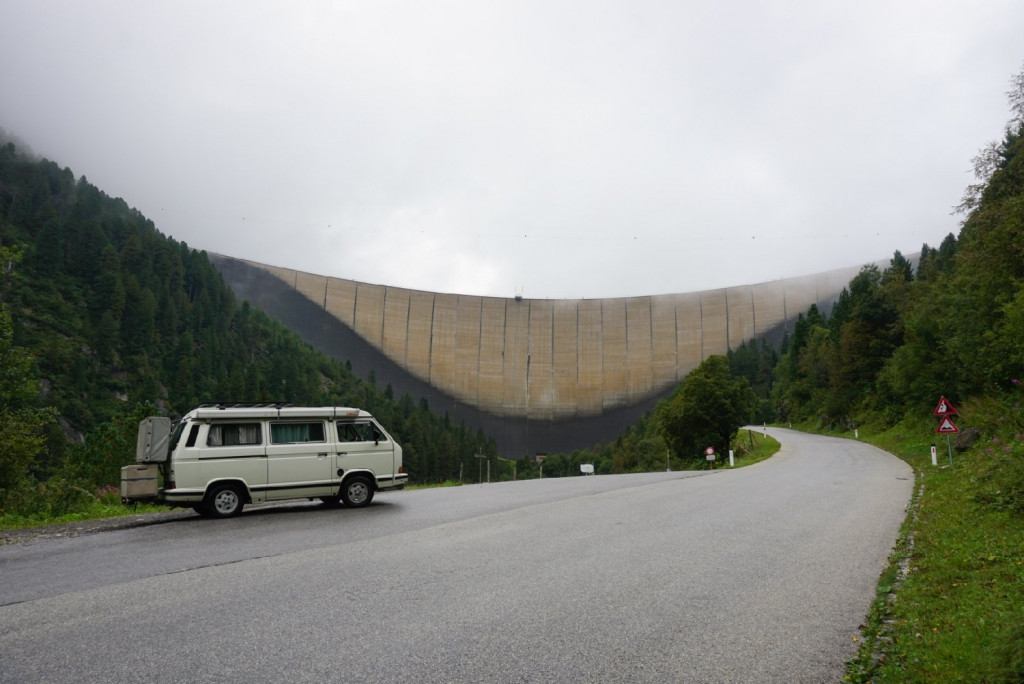 Staumauer Schlegeis Zillertaler Alpen