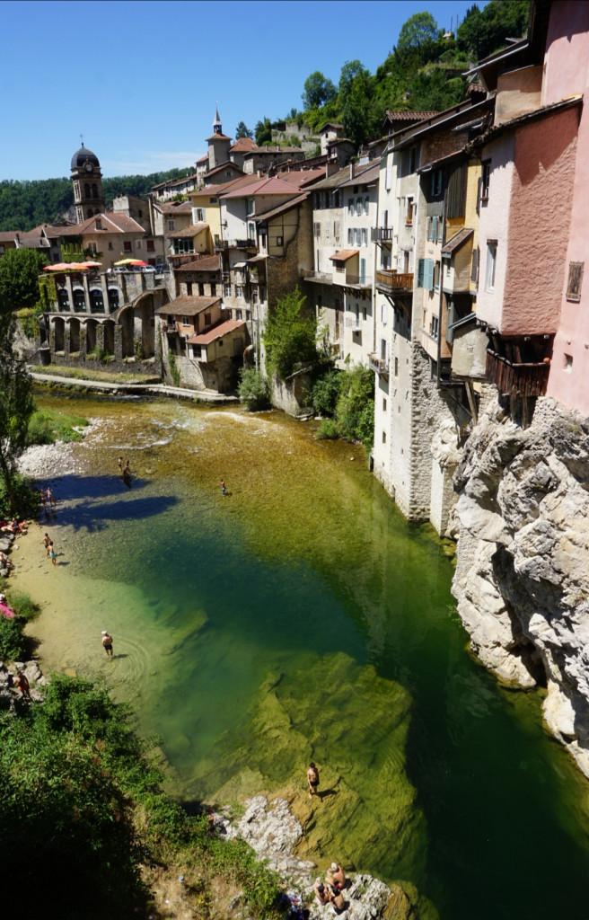 Pont-en-Royans Maison Bourne Fluss Frankreich Alpen Drome